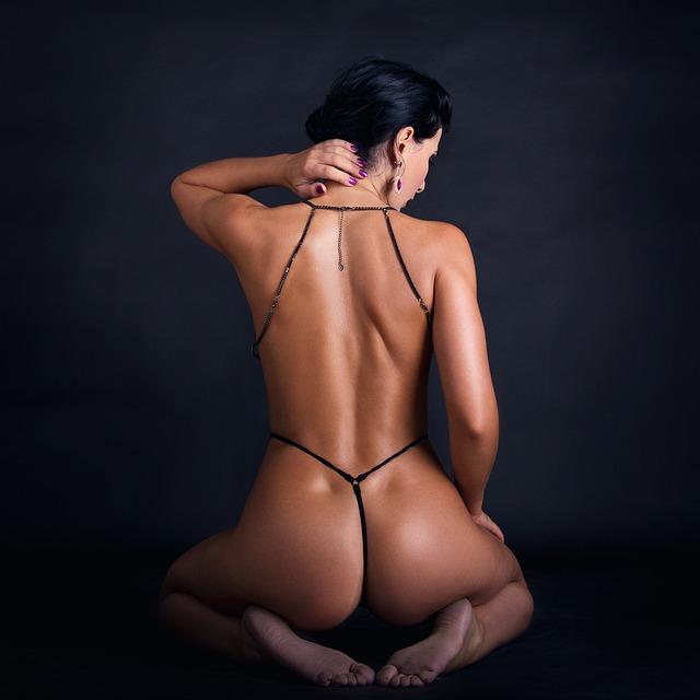 Taste the delight of tantra massage