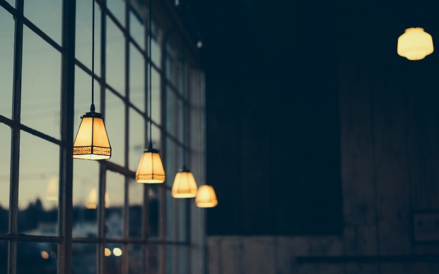 Tri kroky pre vytvorenie dokonalej galérie na vašej stene