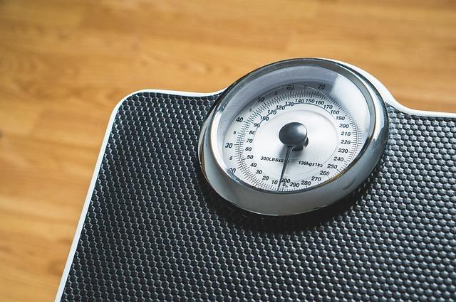 stupnice na váze