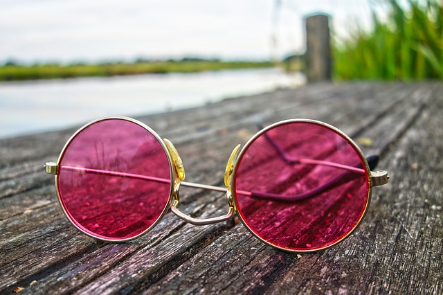 růžové brýle.jpg